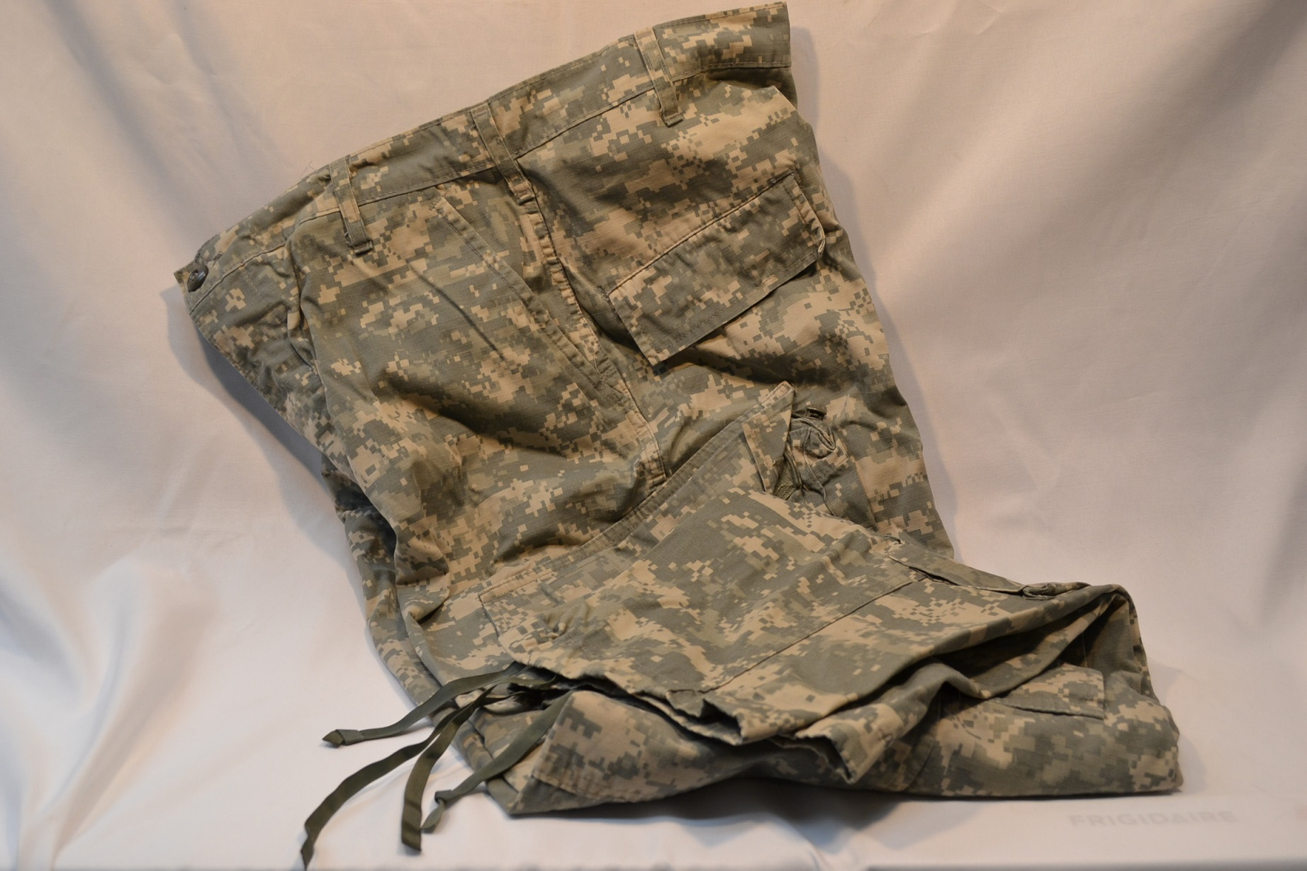 Airforce Issue ACU Digital Camo BOTTOM/PANTS-Used