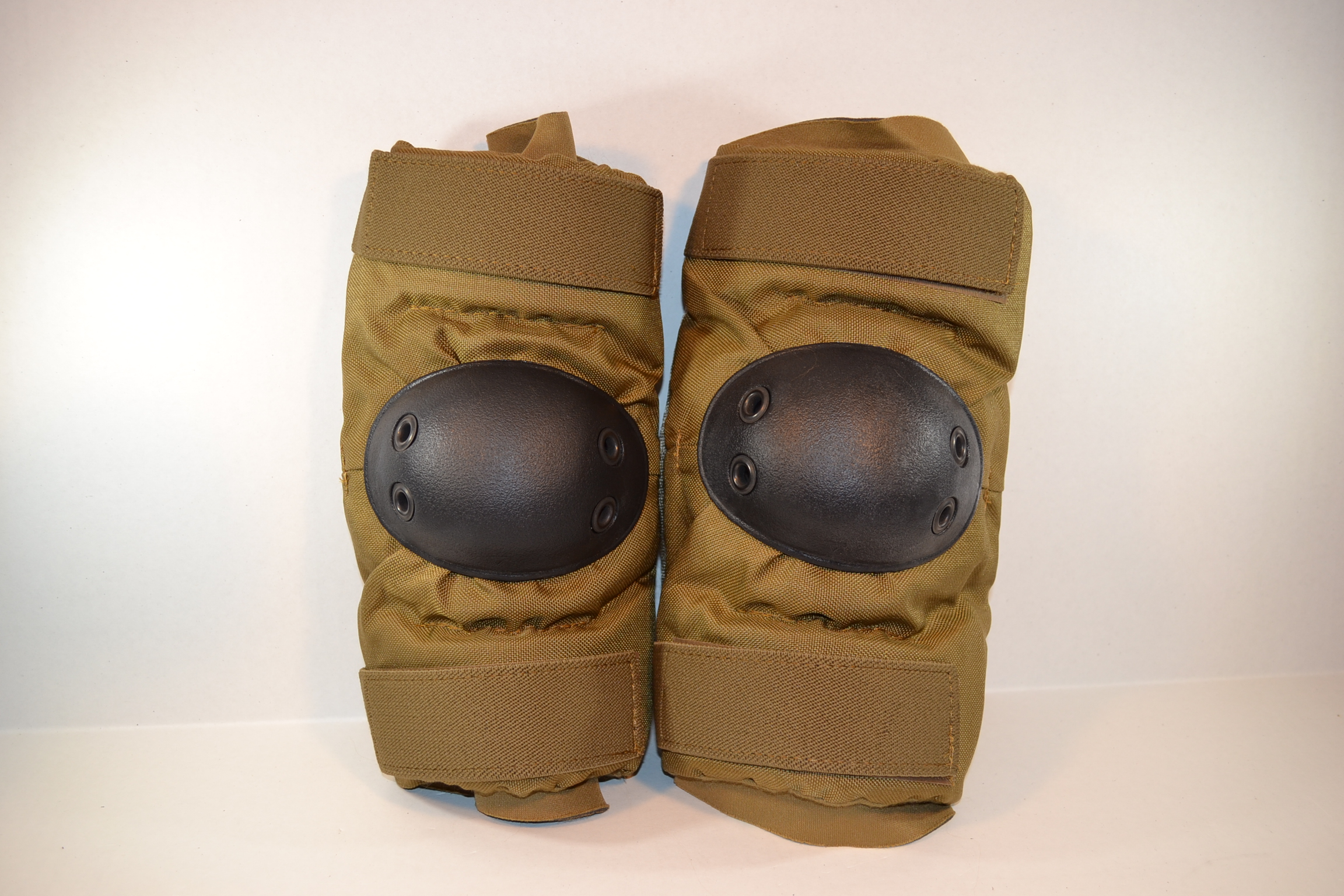 Elbow Pad Brown Military Surplus Marine Issue